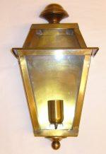 B006 mezza lanterna da parete in ottone cm. 40 x 22