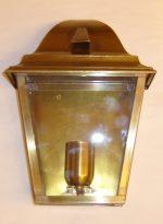 B007 mezza lanterna da parete in ottone cm. 28 x 20
