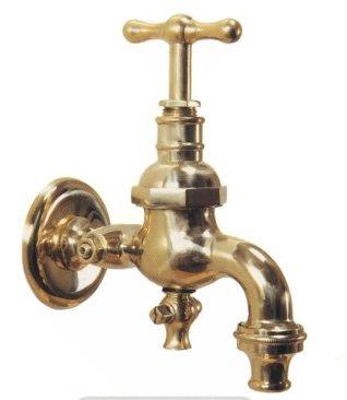 """R002 rubinetto attacco 1/2"""" c/portagomma e dispositivo antigelo cm. 12.2 h. cm. 15.5"""