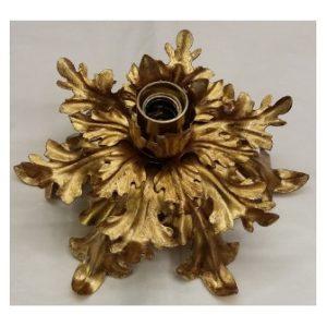plafoniera grande con foglie in ferro dorato