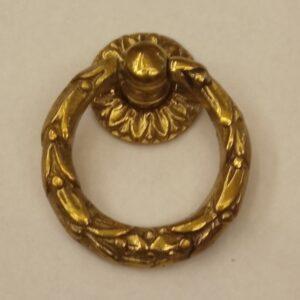 anello piccolo decorato con festone